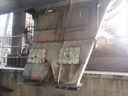 焼却炉ダストシュート修理